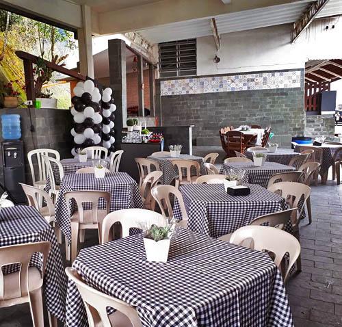Casa com Piscina para Confraternizações em Santos